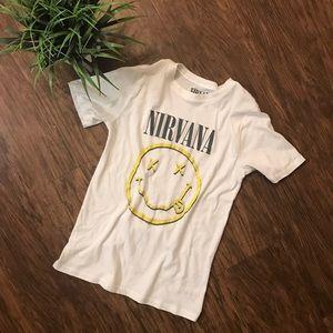 Tops - Nirvana band tee